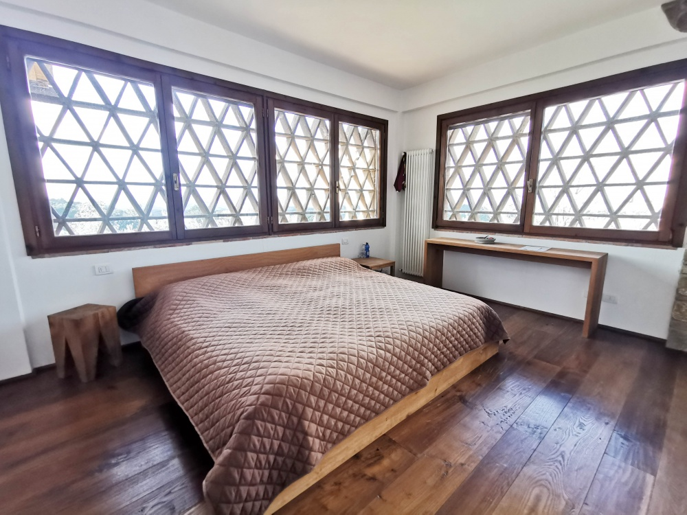 Farmhouse castelfalfi bedroom