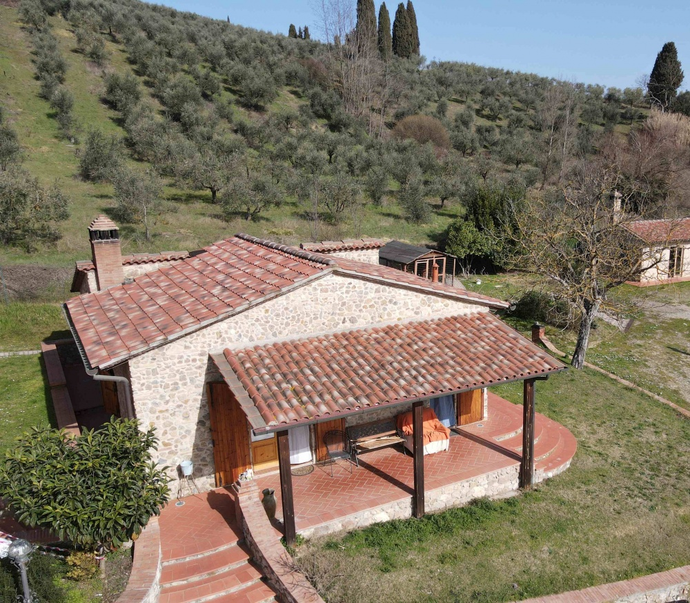 house with swimming pool san gimignano