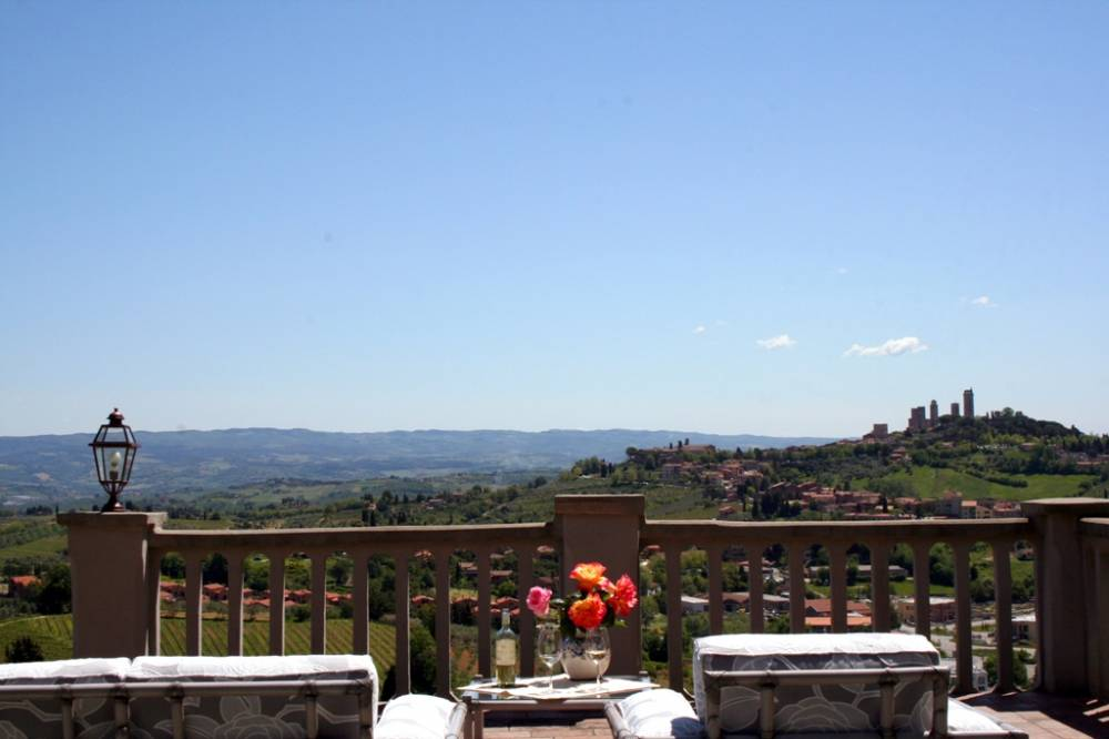 farmhouse for sale san gimignano
