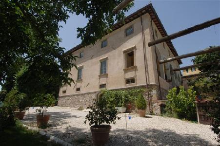 Prestigious villa for sale Lucca